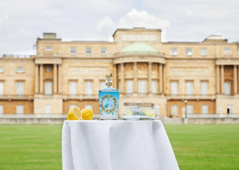 白金漢宮損失觀光收入 英王室開賣琴酒貼補收入