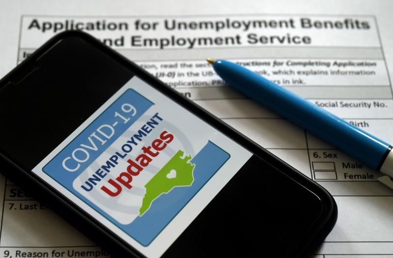 美國每週失業救濟金下週停發 影響逾2500萬人