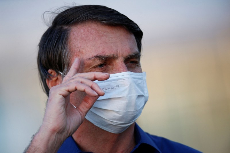 巴西總統怒轟:防疫封鎖措施扼殺了巴西經濟