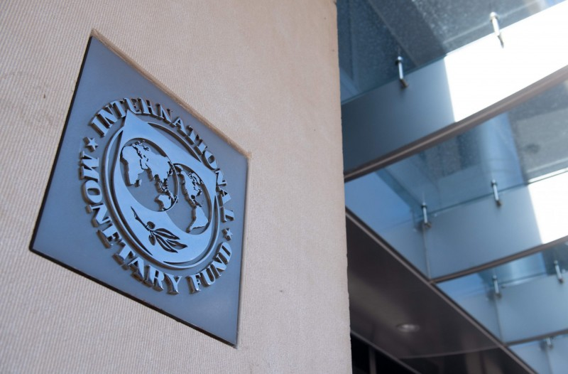 IMF料美第2季GDP下滑37% 今年萎縮6.6%