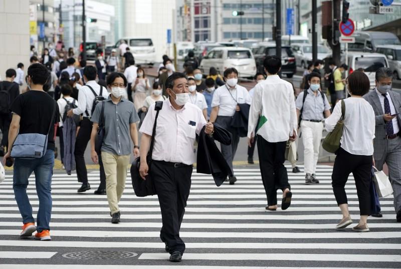 日本嚴格限制入境打擊在日歐企  受負面影響者達85%