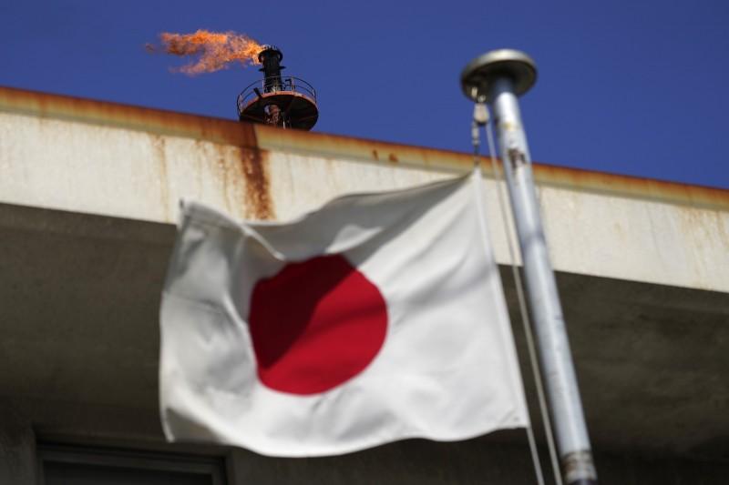 大幅下修今年展望 日本政府料全年GDP萎縮4.5%