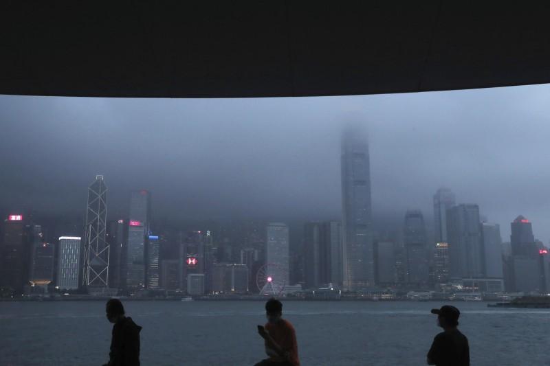 香港貸款機構憂心:過去1年香港房價大幅縮水30%