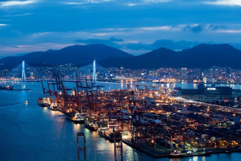 全球經濟前景風向球 南韓7月出口跌幅收斂