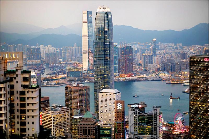 〈財經週報-時事求是〉香港金融體系的沈默表態
