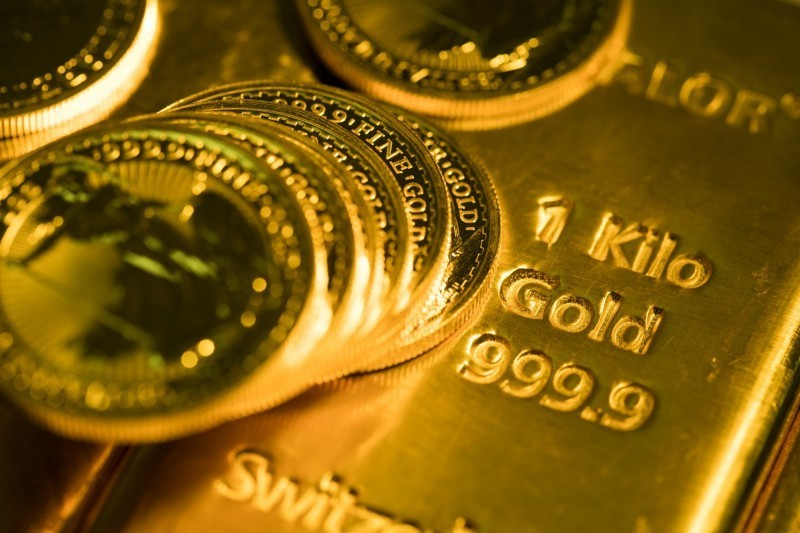 黃金現、期貨齊創歷史新高!現貨逼近2000美元大關