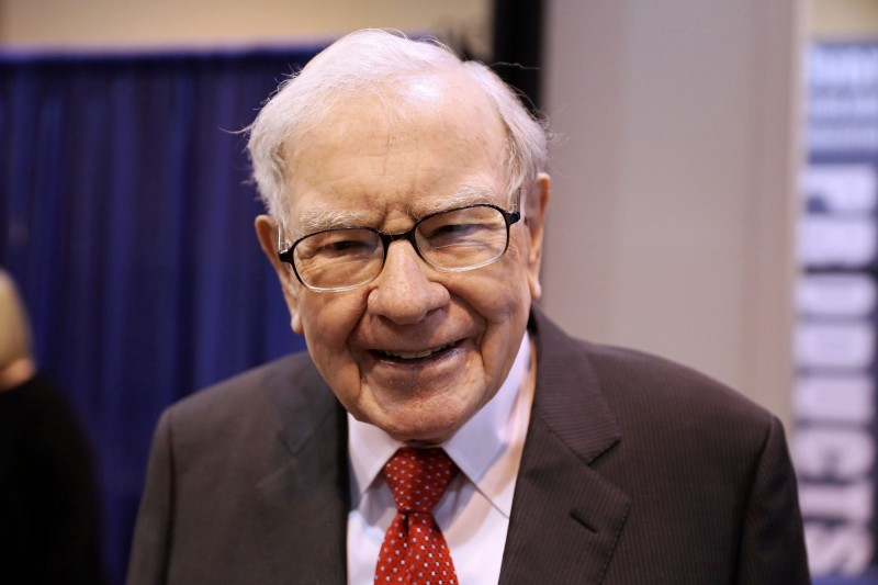 還沒買夠?巴菲特再砸99億買美國銀行股票