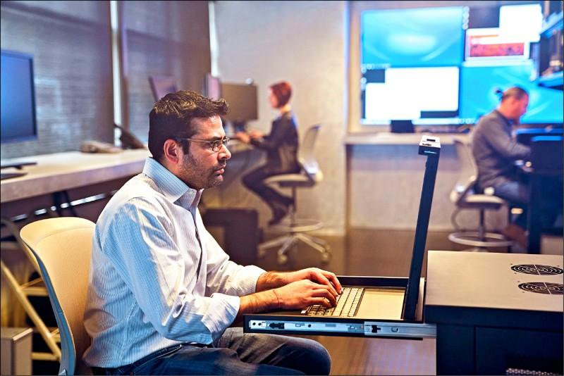 〈財經週報-駭客出沒〉駭客每39秒攻擊一次 駭出台幣3兆元資安市場