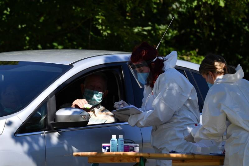 調查:德國企業預期疫情管控 還將持續8.5個月