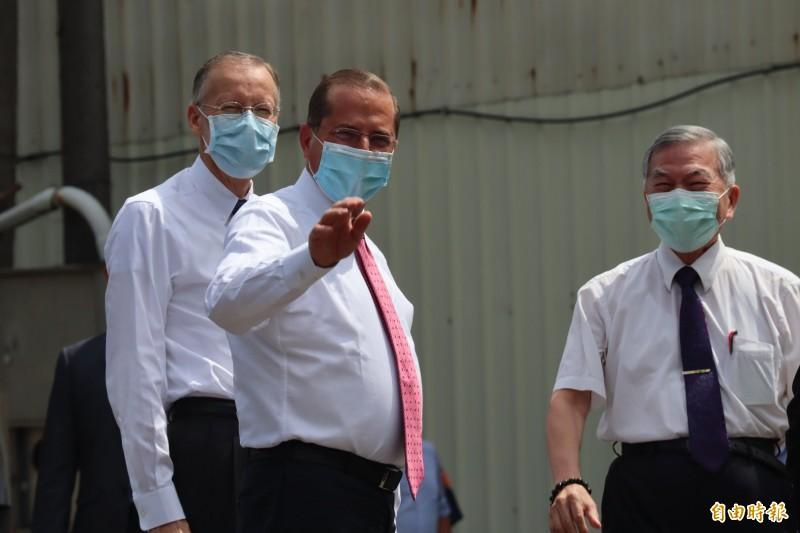 阿札爾參訪口罩國家隊近1小時 台灣媒體不給進