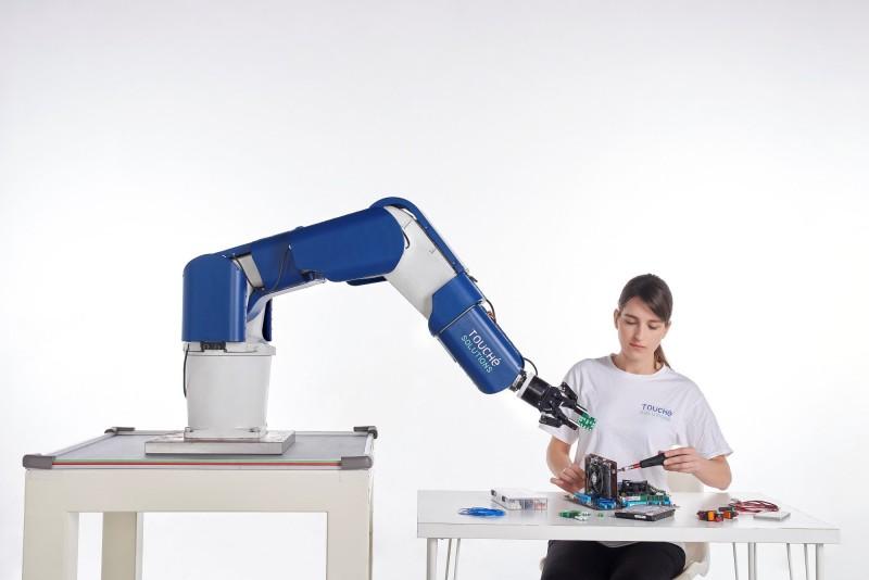 舊機器手臂也可協作 原見精機自動化展新觸覺方案亮相