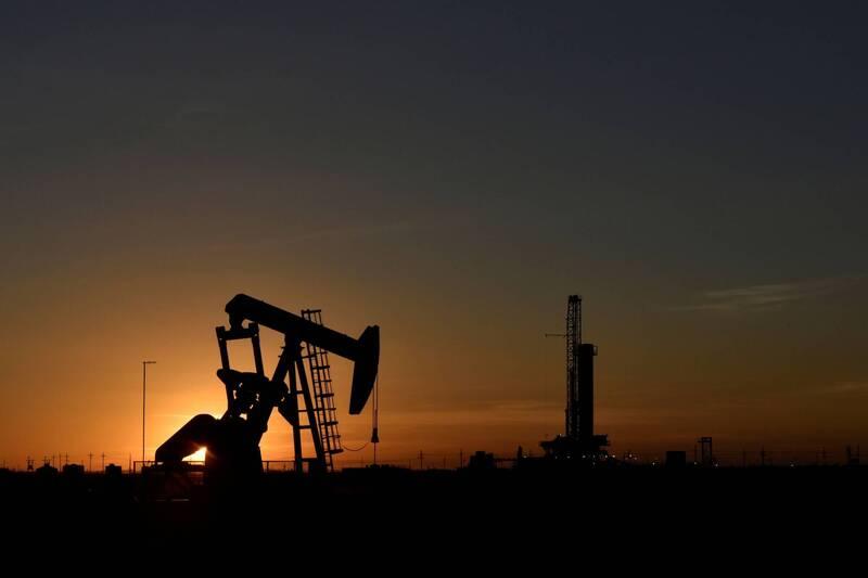 疫情、經濟雙重威脅  OPEC、IEA接連下調石油需求預期