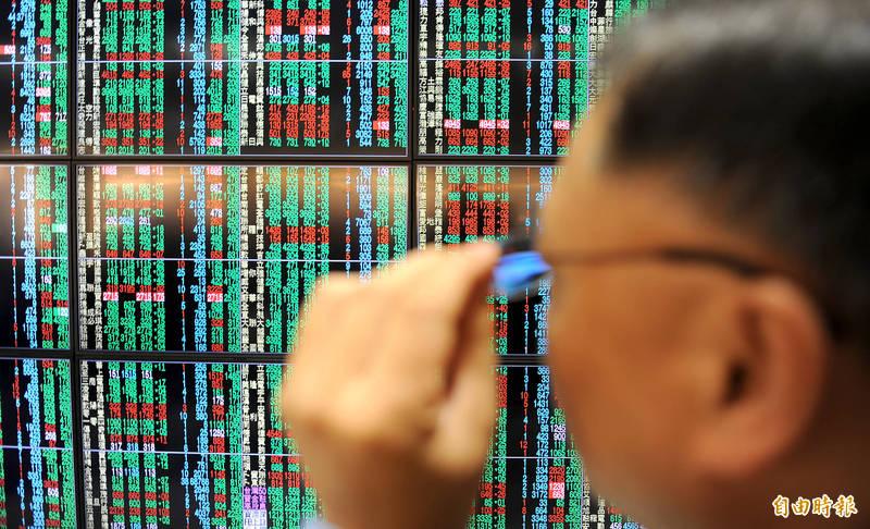 外資今賣超近百億 買超這幾檔萬三火種股