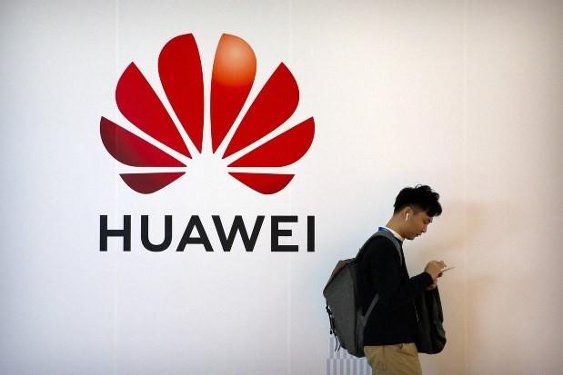 美國新禁令發威 華為2021年智慧手機出貨量狂減逾7成