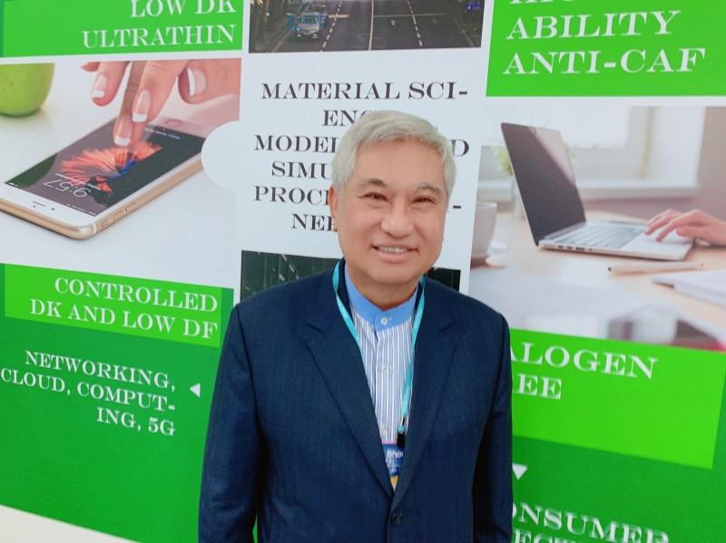 聯茂董事長陳進財看好明年景氣可望向上,其中5G發展將是重要動能。(記者卓怡君攝)