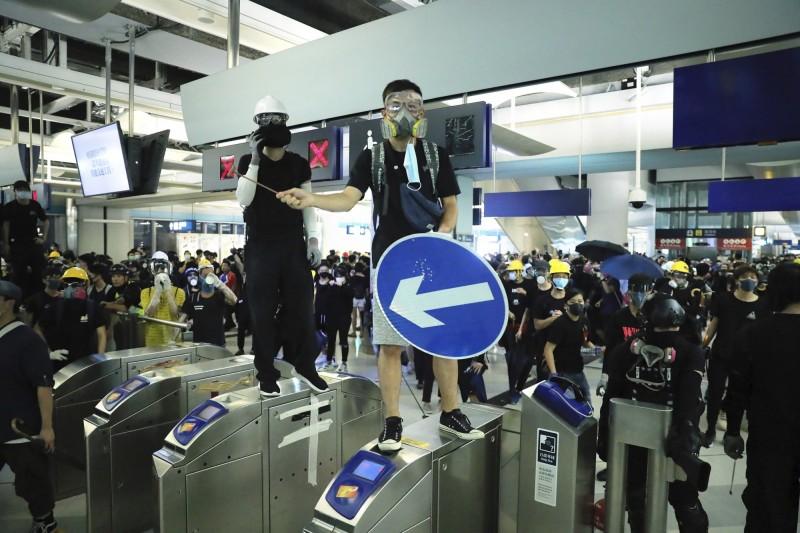 反送中》哈佛經濟學家警告:香港動盪恐促全球經濟衰退