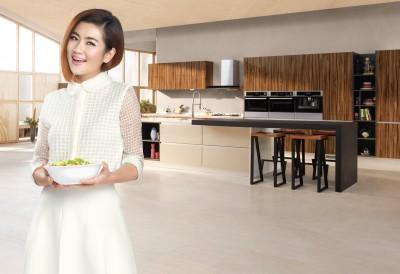離婚無損賢妻形象 廚具代言就是要Selina