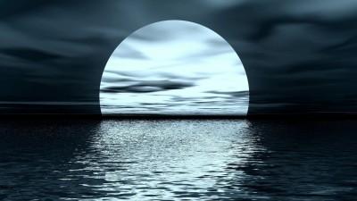 奇景!無視強颱瑪莉亞 方寸仍見明月照海洋