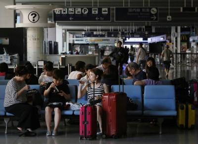燕子颱風影響  旅行業者安排旅客由其他航點返台