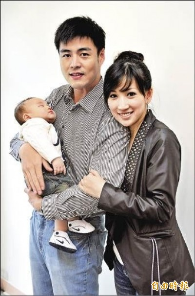 劉至翰被爆偷吃台大嫩妹認了離婚 首任妻淒慘近況曝光