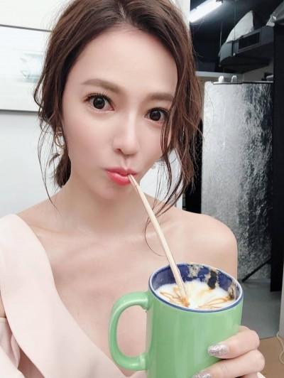 台劇女神曬工作美照 半裸入鏡「C奶出來見客了」