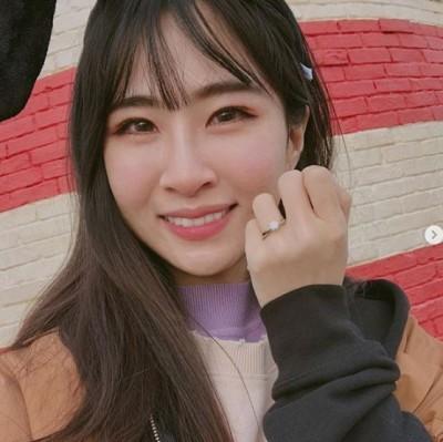 阿福分享10年前對比照 網友笑虧:「鄧小姐變陳太太」
