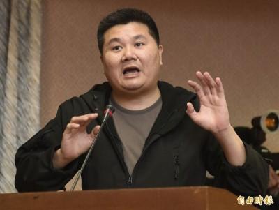 女星反去蔣化 導演嗆:還把獨裁者當神?