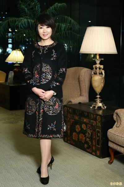 廖筱君出道女神級嫩照曝光     網友讚「主播界林志玲」