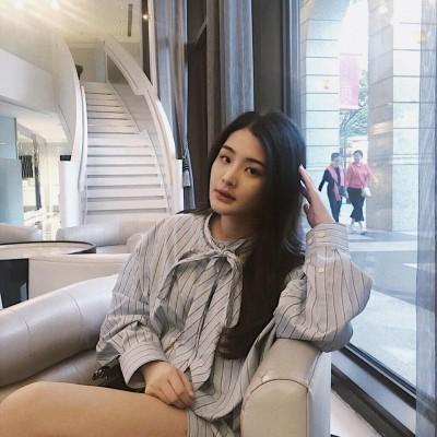 陳昭榮18歲超正女兒曝光!網友一看...全戀愛了!