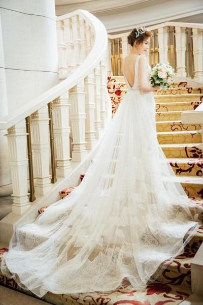 最美主播葉映彤出嫁了!婚紗絕美火辣掉出豪乳