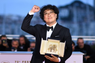奉俊昊登頂前自稱「怪胎」 受台灣新浪潮電影啟蒙