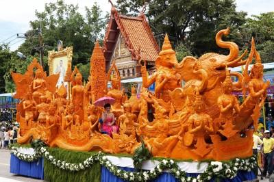 鬼臉節、蠟燭節   體驗泰式慶典活動