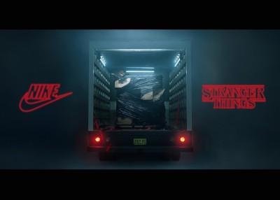 Nike聯名怪奇物語 明星鞋款滿滿80復古風