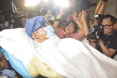 任達華遇襲連夜返港就醫   恐進行第2次手術