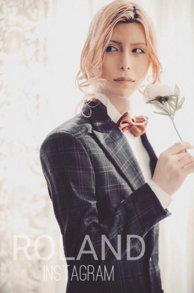 年賺3億!「日本第一牛郎」豪宅曝光 衣櫃只有1件西裝