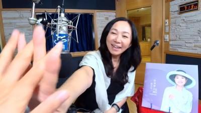 李佳芬十指交扣「神秘男子」 揭與韓國瑜驚人互動
