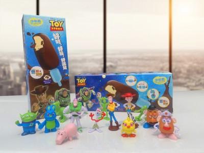 (影音)小七超驚喜玩具冰棒 吃光才能拿到玩具總動員、粉紅小馬公仔