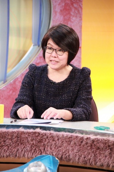 黃光芹《你還不知道的韓國瑜》撰寫中 苦苓:預購30本!