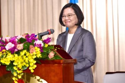 謝志偉推崇蔡英文總統 讓世界看到「TAIWAN」