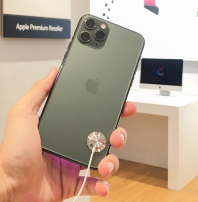 不缺貨!iPhone 11到貨量足  電信夜幕綠不會等太久