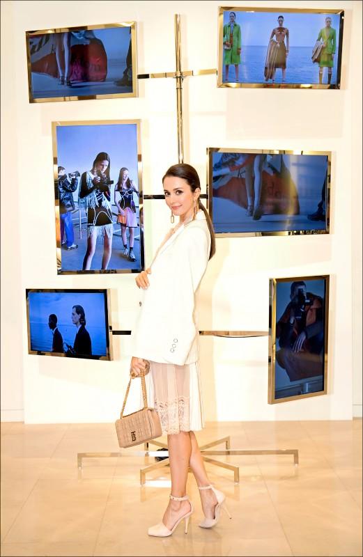 【時尚大道】潮星潮包:瑞莎 × Burberry Lola鍊帶包