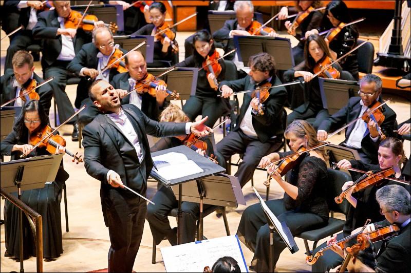 【藝術文化】卡內基觀點音樂家 亞尼克:感覺比夢想成真好