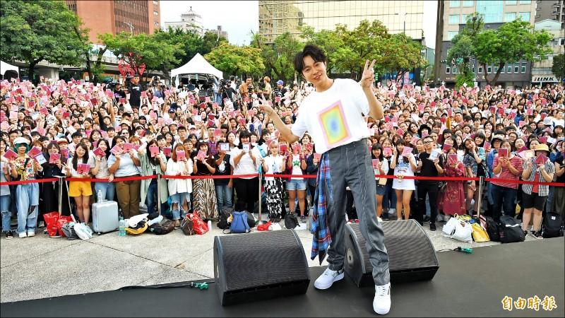 吳青峰首場個唱擔心票房  杜絕黃牛購票採實名制