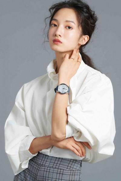 時尚兼具科技!Garmin指針智慧錶美翻 彩色AMOLED螢幕