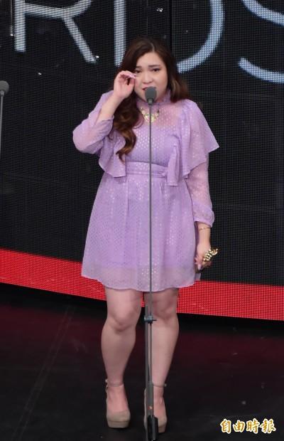 震撼!香港女星奪金音獎哭了...泣訴黑警衝進校園