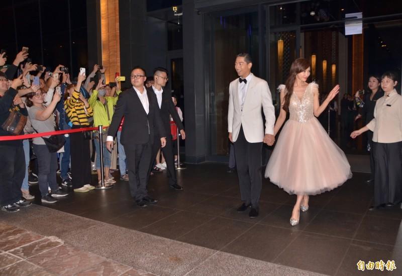 美!林志玲大婚夜宴南美館 白紗換小粉紅
