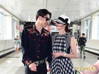 直擊!林志玲大婚後首現身 甜黏AKIRA搭高鐵返台北