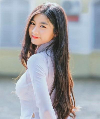 美翻天!清純越南正妹「撞臉周子瑜」 網友一看全戀愛