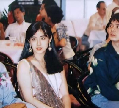 王祖賢赴美充電20天 容貌升級...撞臉「一代女神」