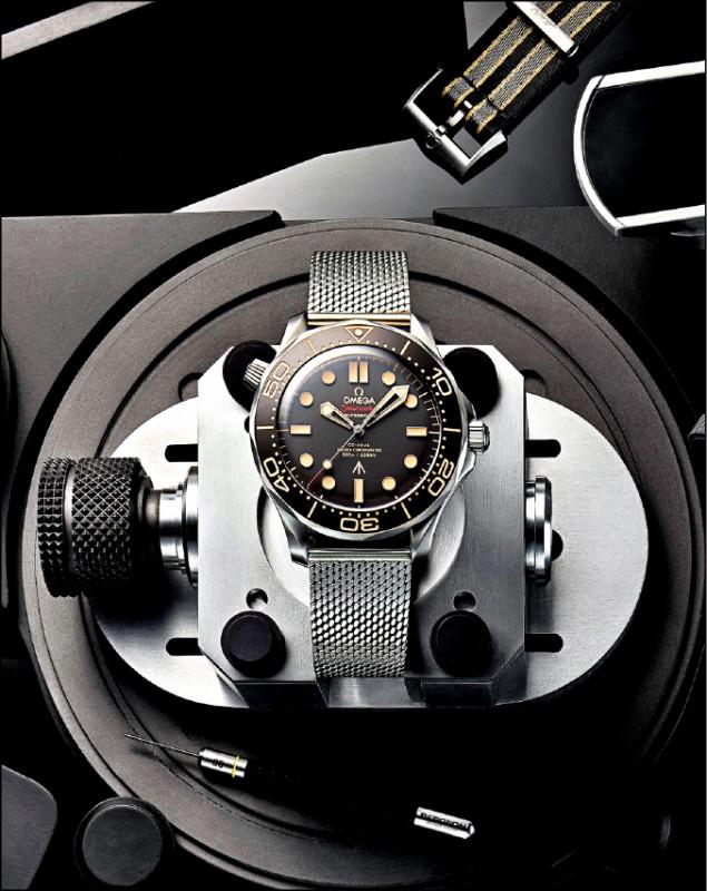 【時尚名人】克雷格讚007新錶 太棒了